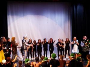stage crew bows